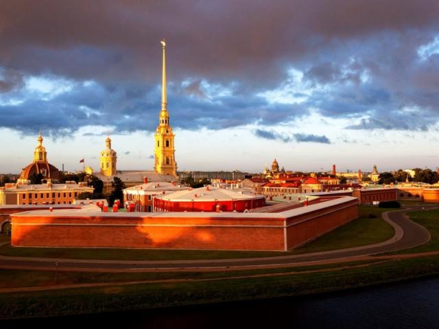 16вид-на-Петропавловскую-крепость